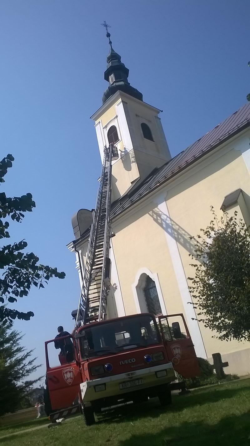 Rad na obnovi crkve u Zaboku